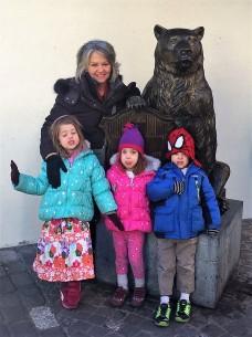 Linda and the 3 bears